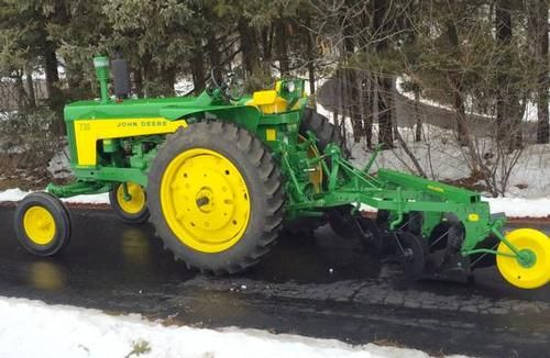 1959 John Deere 730 Tractor for sale by owner on Heavy Equipment Registry http://www.heavyequipmentregistry.com/heavy-equipment/16295.htm