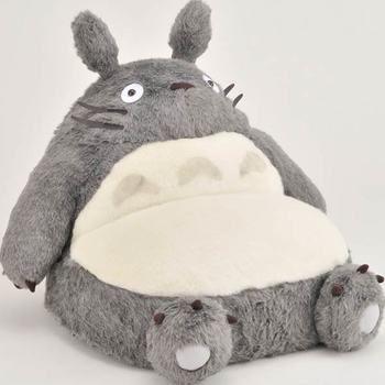シングルソファー(大トトロ)  のっしり座った姿も愛らしい♡ メイになった気分でトトロのお腹に飛び込みたい!