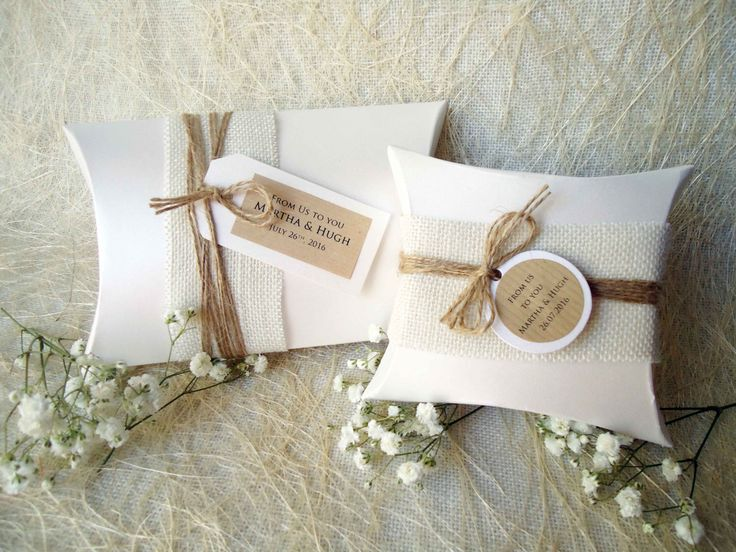 Wedding Favor Boxes Party Favor Boxes Pillow Boxes Burlap Box White Pillow Boxes Gift Boxes by PaperStudioByC on Etsy https://www.etsy.com/au/listing/251064721/wedding-favor-boxes-party-favor-boxes