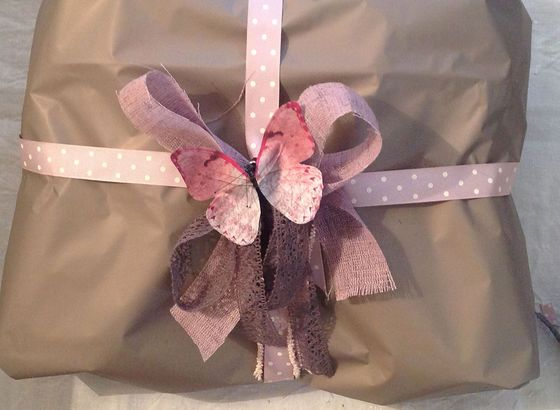 """Tutorial for a """"Summer"""" gift wrapping Made in Bettina Nagel"""
