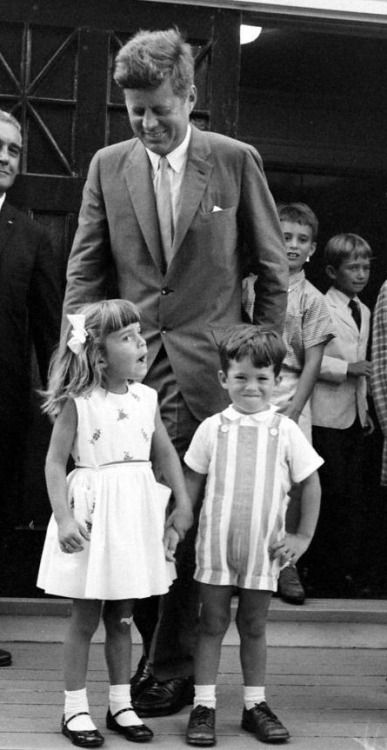 President John Kennedy with his niece Victoria Lawford and his nephews Tim Shriver, Bobby Shriver and Bobby Kennedy Jr.