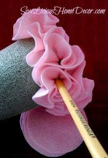 Sew-licious Home Decor: Felt Valentine Tree Tutorial {valentines}