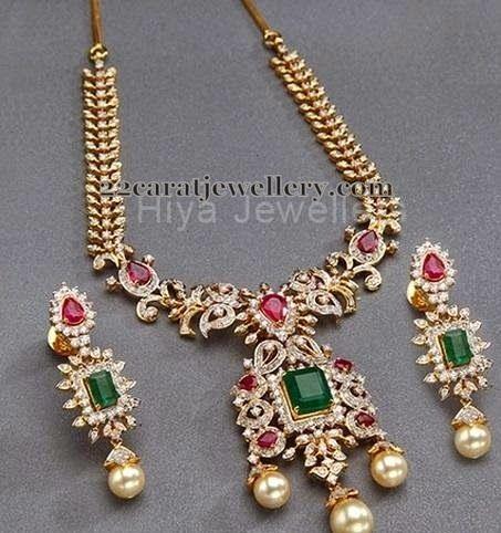 Jewellery Designs: Lovely Diamond Set by Hiya Jewellers