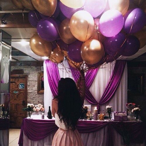 Again love the balloons.... and I like the purple and gold thing:)