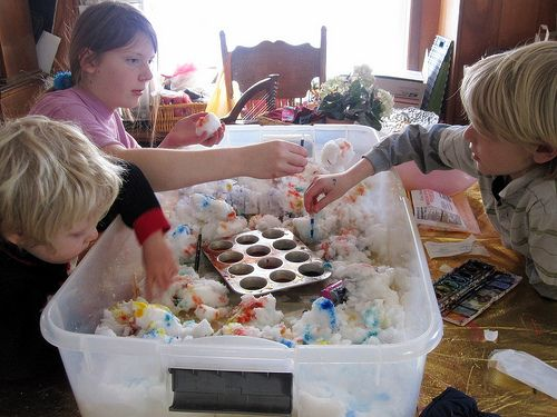 fun with snow, eye droppers and colored water: Crafts For Kids, Color Snow, Activities For Kids, Kids Activities, Activities Winter, Kids Art, Snow Activities, Daycares Ideas, 32 Snow