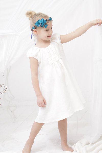 Leinen Festkleid, Hochzeit, Taufe, Kommunion Kleid von mimiikids auf DaWanda.com