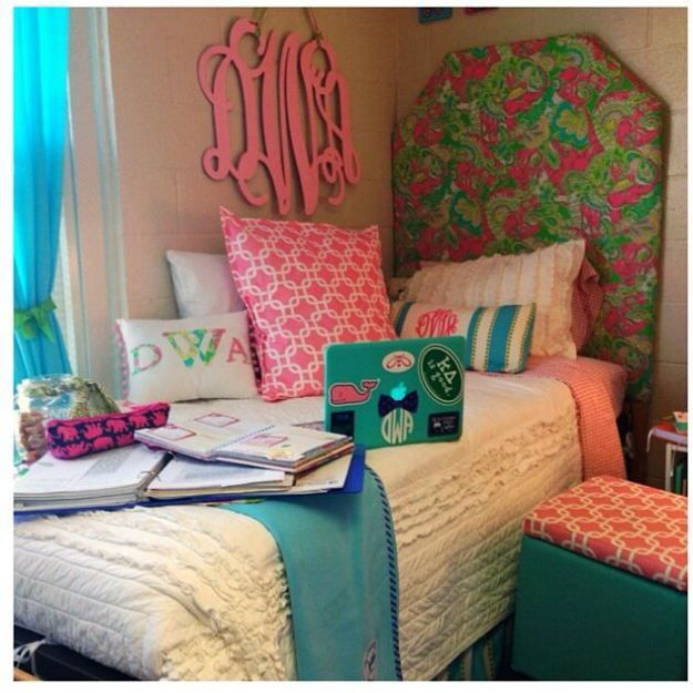 Decorating Ideas > 17 Best Images About Dorm Room Decor Inspiration On  ~ 152739_Seventeen Magazine Dorm Room Ideas