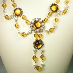 Anne Boleyn Topaz and pearl necklace