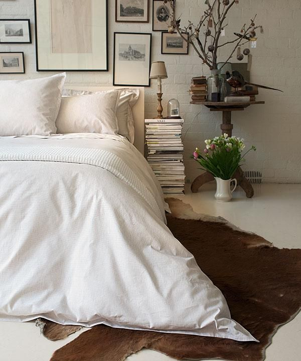 59 best cowhide rugs images on pinterest home ideas for Cowhide decorating ideas