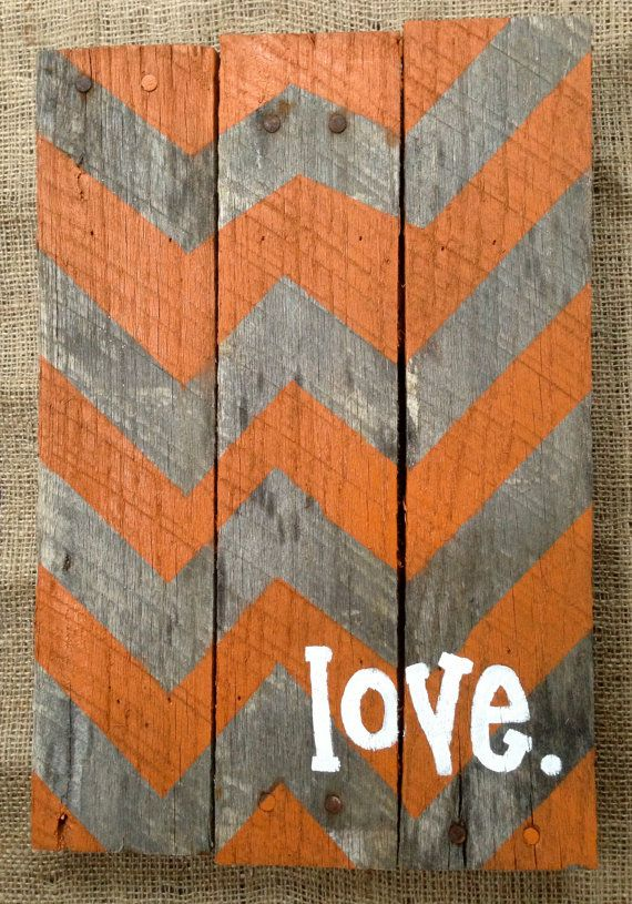 Pallet Sign Hand Painted Chevron Pattern - would be cute with kids name or anniversary date