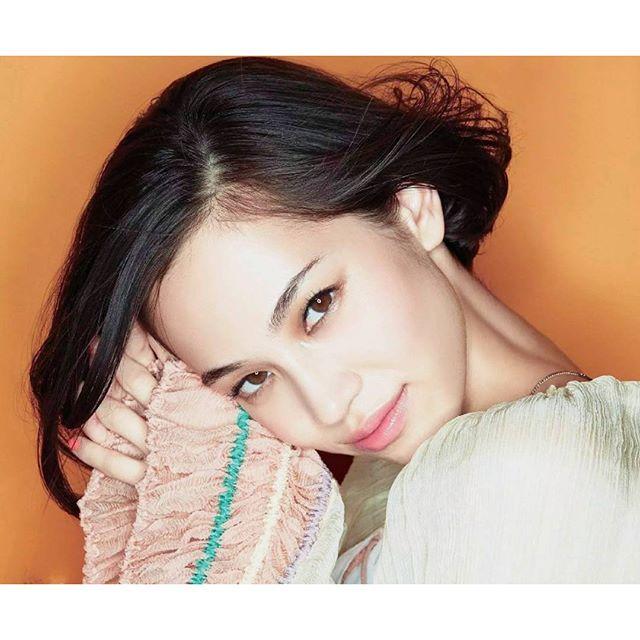 茶眉は古い!ピカ子流・美人顔になれるメイク術がすごい♡ - Locari(ロカリ)