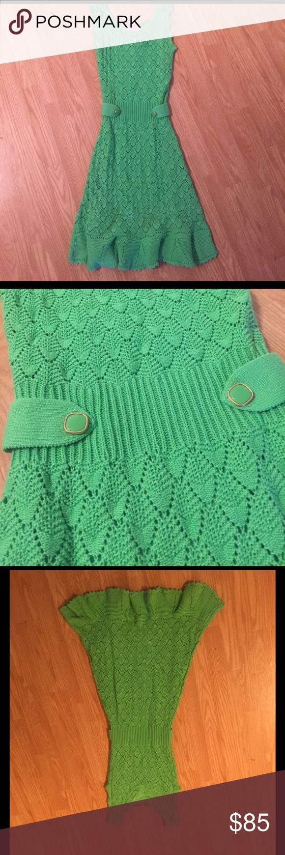 Lilly Pulitzer villa sweater dress NWT Lilly Pulitzer green sweater dress, never worn, great transitional piece! Lilly Pulitzer Dresses
