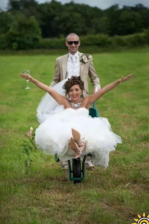 wedding photo in the wheelbarrow #classfun x