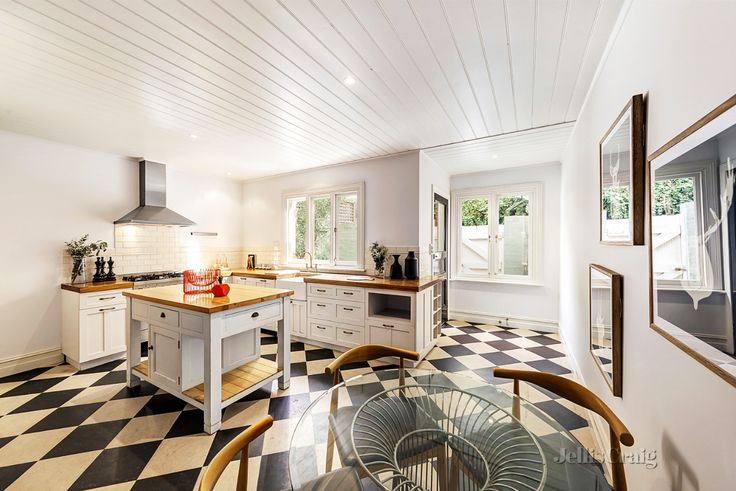 37 Charles Street, Prahran Click here for the Statement of Information which includes the indicative selling price for the property - http://bit.ly/2qi9jxh