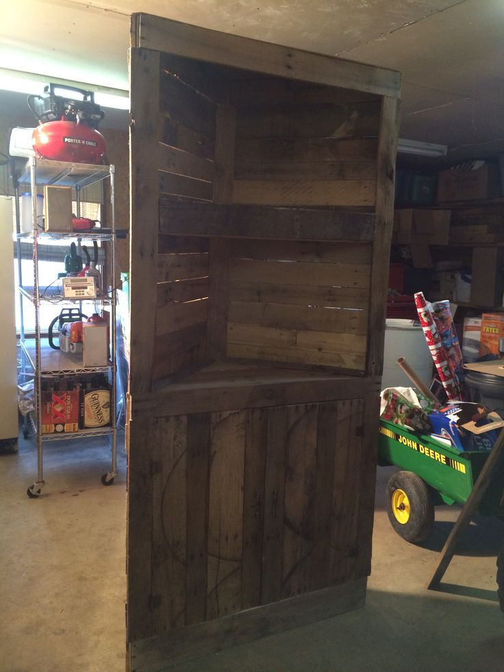 Corner Pallet Shelf Pallet Diy Pallet Furniture Pallet