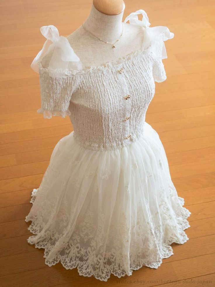 LIZ LISA Princess Ribbons Off-shoulder Dress Sweet Lolita Hime Gyaru Kawaii 109 #LIZLISA #Peplum #Shibuya109Lolitafashion