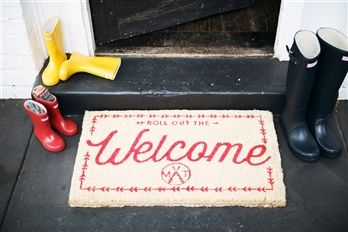 Because every frontdoor should look as good as this. You're Welcome! Down to the Woods