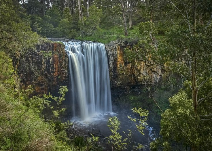 10 things to love about Daylesford, RA Nov16. Photos: Anne Morley. #daylesford #victoria #trenthamfalls #waterfall