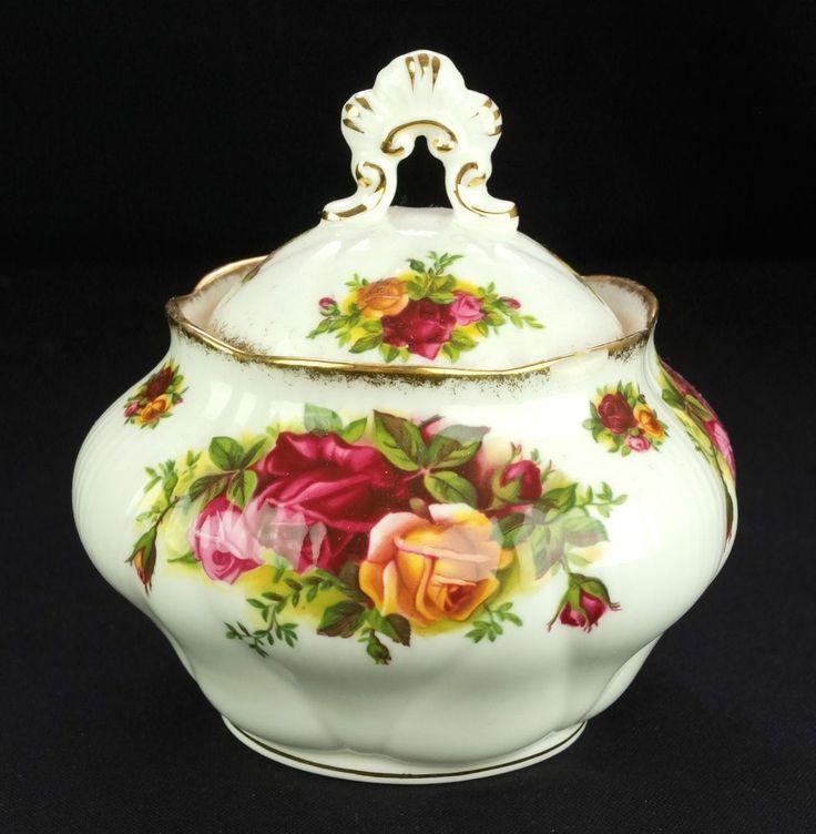 Royal Albert Old Country Roses Covered Sugar Bowl 0.27l