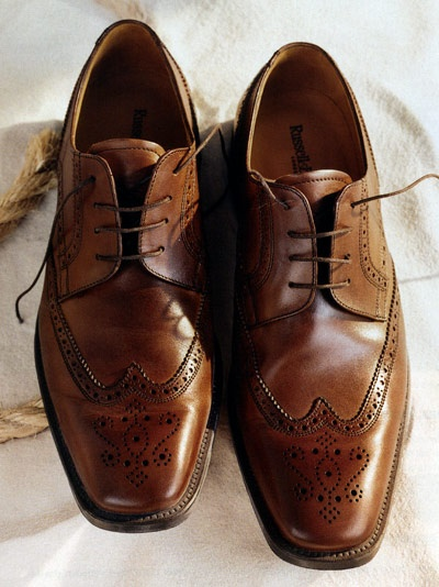 Leather Shoes Colour With Aa Dark Suit