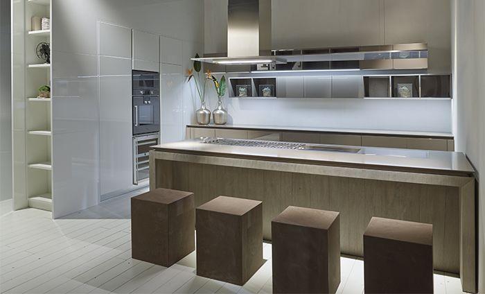 Cucina Con Isola Fly Nuove Finiture In Cemento Rovere E Argilla Kitchen Pinterest