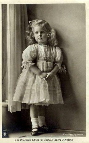 Vintage photo...girl...