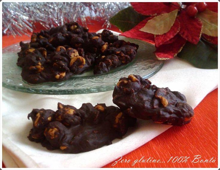 nocciole ricoperte al cioccolato