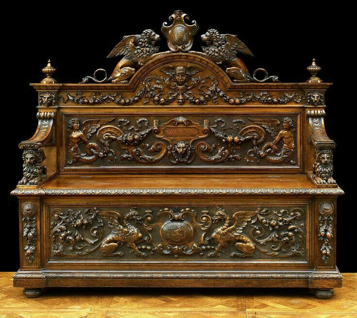 Antique Italian Casapanca Hall Seat Carved Walnut In Renaissance Style.