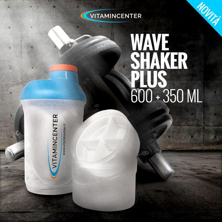 Wave Shaker Plus #VitaminCenter offre la comodità di tre scompartimenti per alimenti liquidi, proteine e porta pillole; un tappo asportabile e la retina rompi grumi per una miscelazione uniforme e ben amalgamata delle vostre bevande energetiche prima e dopo l'allenamento. L'alta qualità #vitamincenter sempre a portata di mano! #shaker #cheatmeal #fitness #bodybuilding #gym #motivation