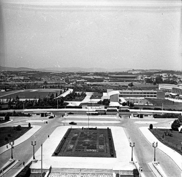 Lisboa de Antigamente: Panorâmica sobre o Estádio Universitário de Lisboa...