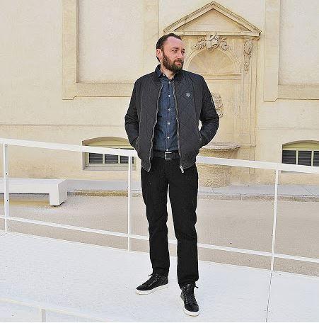 #duo @amoureusementmode a proposé à son homme un total look babou avec un bombers à 30€, un pantalon chino à 15€ et une paire de baskets à 20€. Sympa non ?