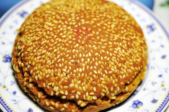 "Taigu cake,it is known for its sweet, crisp, cotton,and soft , it enjoys a laudatory name ""the king of the pastry"". TaiGu cake as the typical representative of ""the jin merchants diet culture""."