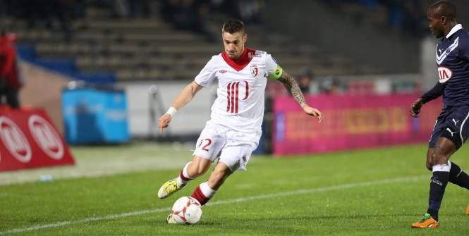 Mathieu Debuchy, à l'époque Lillois et contre Bordeaux. (L'Equipe)