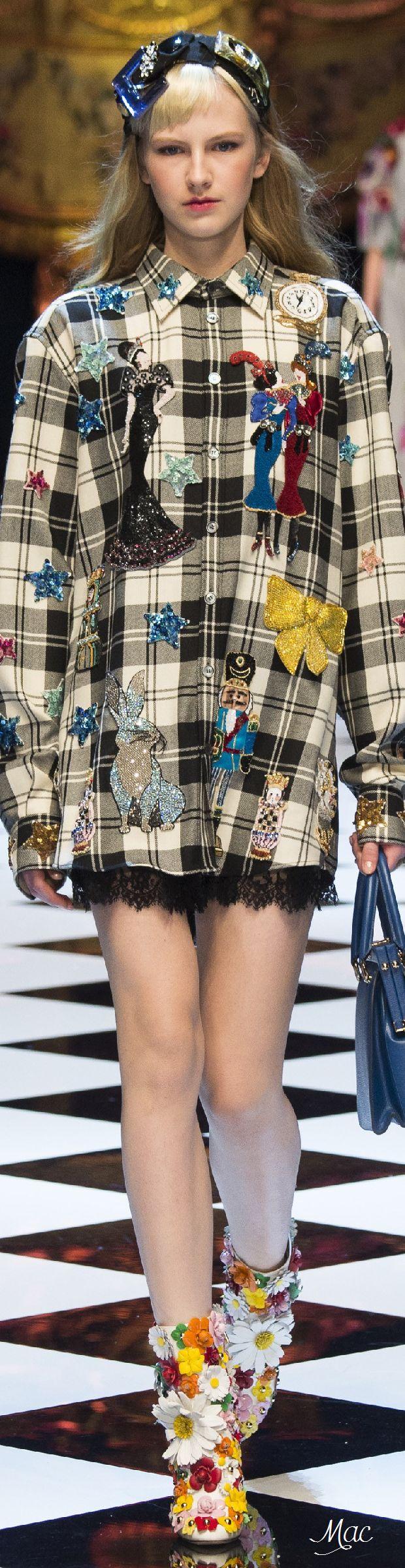 Fall 2016 Ready-to-Wear Dolce & Gabbana