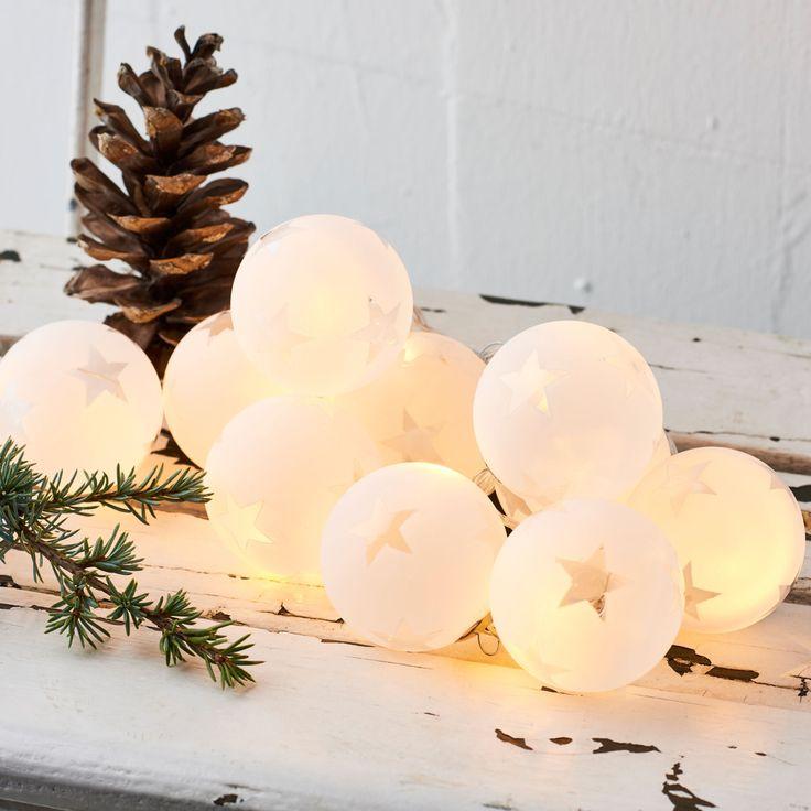 25 einzigartige led weihnachtsbeleuchtung ideen auf pinterest weihnachtsbeleuchtung basteln. Black Bedroom Furniture Sets. Home Design Ideas