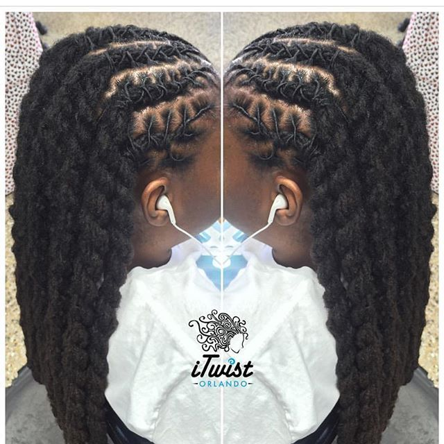 Shaking love to this loc Queen/Loctician @itwistorlando if you're in the area make sure you stop in for her to bless your crown!!!! #melaninlocqueens #blackgirlsloc #locstyles #locsforwomen #womenwithlocs