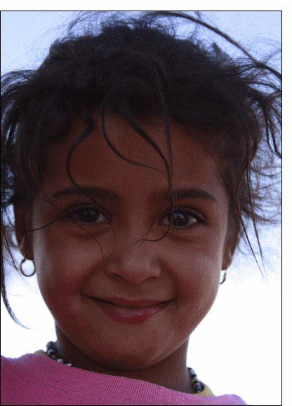 Carte Le sourire d'une petite fille pour envoyer par La Poste, sur Merci-Facteur !
