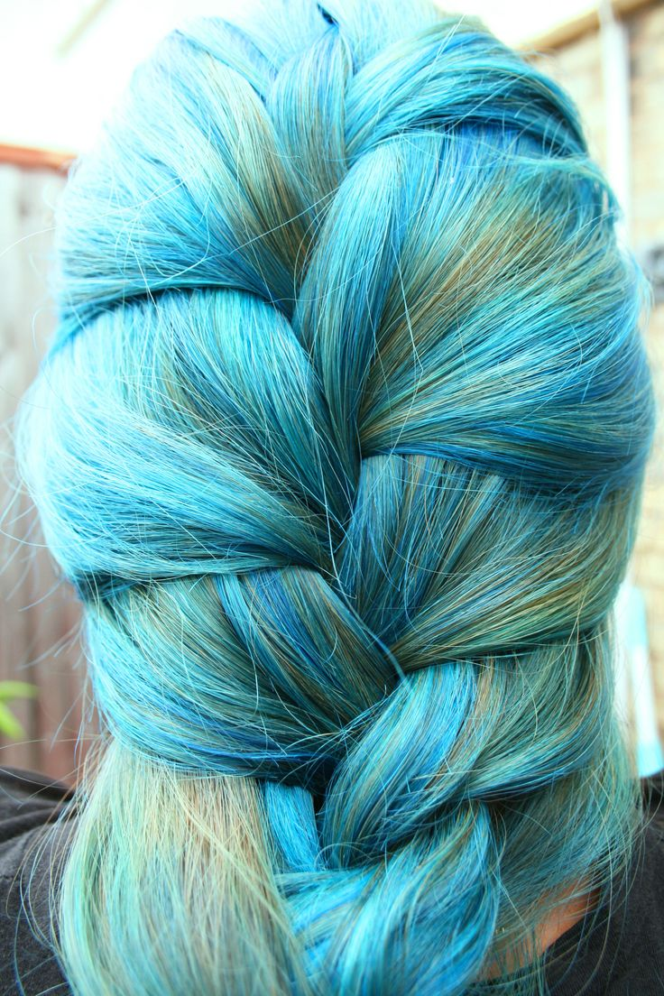 Peacock Color In Hair