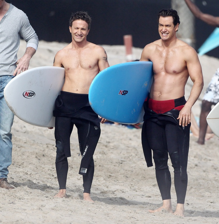 Mark-Paul Gosselaar and Breckin Meyer Go Shirtless to Film Franklin and Bash | Shirtless Studs
