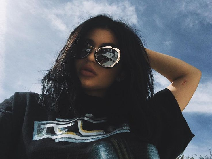 See this Instagram photo by @kyliejenner • 884.6k likes. see more at http://slamabit.blogspot.com.ng/