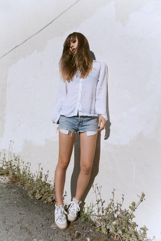 rumi: Miniskirt,  Minis, Marant Sneakers, Fashion Style, Summer Style, Fashion Toast, Fashiontoast, Isabel Marant, Rumi Neeli