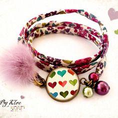 Bracelet cordon liberty cabochon • petits cœurs • rayure beige rouge vert bleu verre
