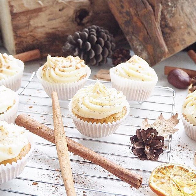 This time of the year is perfect for baking those comfort treats! These amazing Carrot Cake Muffins are from the Comfort chapter in the @Morrisons #EmotionCookBook they're also gluten and dairy free#ad