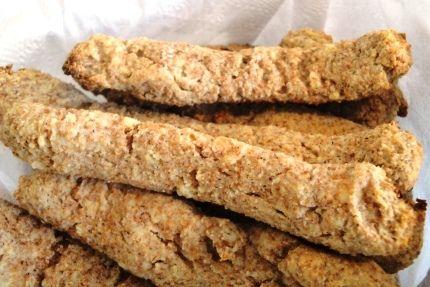 Está sentindo falta de um biscoitinho na Dieta Dukan? Em apenas 3 minutos você pode preparar um delicioso biscoito de canela.