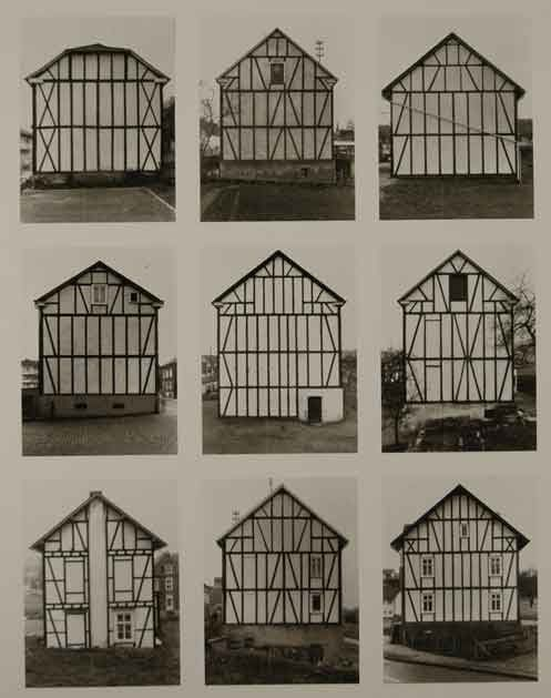 "Bernd and Hilla Becher, ""Framework houses, area"", collection Ydessa Hendeles, Art Foundation, 1989, Tipologie, Biennale de Venise, 1990."