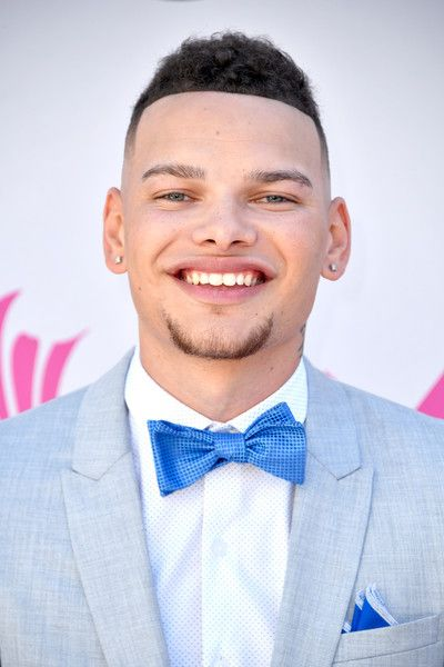 Kane Brown Photos Photos - Recording artist Kane Brown attends the 52nd Academy Of Country Music Awards at Toshiba Plaza on April 2, 2017 in Las Vegas, Nevada. - 52nd Academy of Country Music Awards - Arrivals