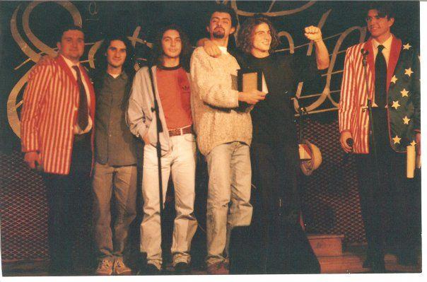 1998 | Concordia (Mo) Non avevo la patente... ma un'Ibanez e provavo a strimpellare. Qui avevamo vinto il concorso.