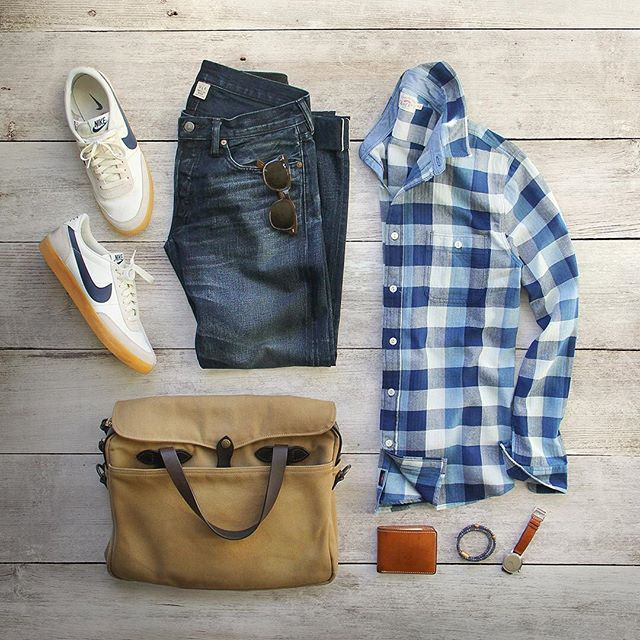 A Sunday well spent brings a week of content.  Shirt: @fahertybrand Indigo dyed Seasons Shirt Shoes: @nike for @jcrew Killshot 2 (R.I.P.) Wallet: @tannergoods Bag: @filson1897 Watch/Bracelet: @miansai Denim: RRL @ralphlauren #fahertybrand #collaboration #flatlay