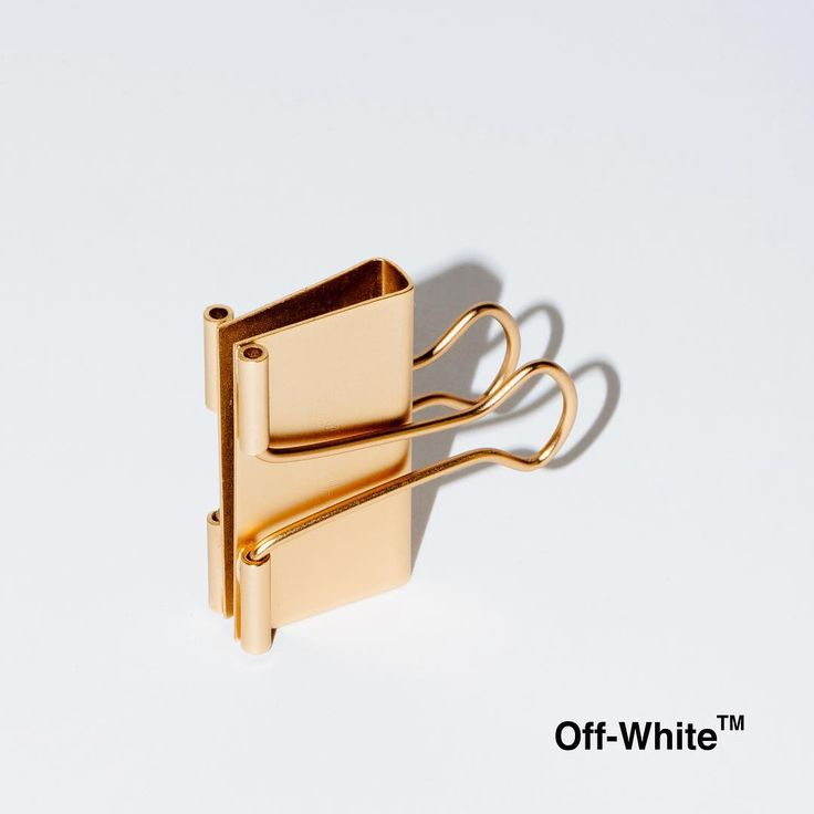 """Off-White™ """"binder clip"""" handbag re-launch after initial sell thru available December 21st at all Off-White™ flagship stores in Hong Kong, Singapore, Tokyo, Off-White™ """"webstore"""", Antonioli Milano, Barneys New York, Harvey Nichols, Hirshleifers, K20 Moscow, I.T Shanghai & Hong Kong Selfridges London, Ssense, Luisaviaroma, Mytheresa Boon the Shop Seoul, Antonia Milano, Excelsior Milano, and Net-a-Porter"""