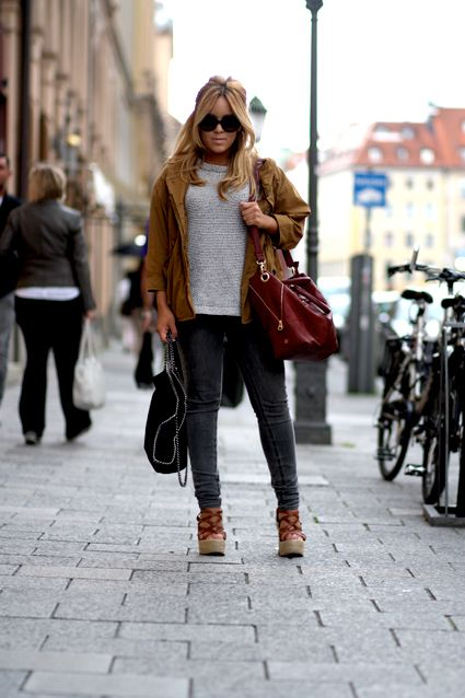Blogger Jamie from JamiesBlog with Ivy from Amsterdam Bag Company